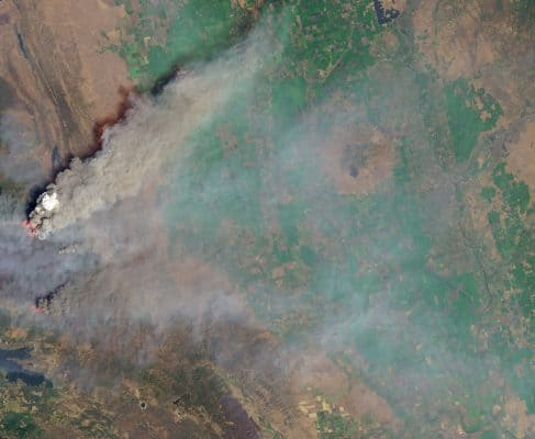 Image of smoke plumes over California